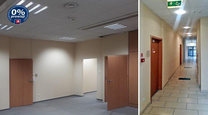 widok na pokój oraz korytarz w lokalu biurowym do wynajmu we Wrocławiu (okolice)