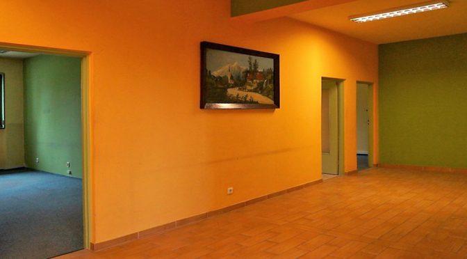 zdjęcie przedstawia wnętrze ekskluzywnego lokalu biurowego do wynajęcia we Wrocławiu