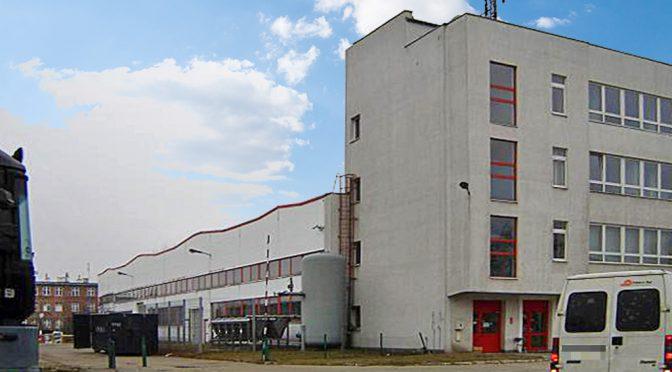na zdjęciu prestiżowy budynek, w którym znajduje się oferowany do wynajęcia lokal biurowy Wrocław