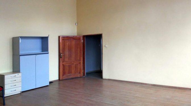 przygotowane do wprowadzenia się nowych najmujących wnętrze lokalu biurowego na wynajem Wrocław