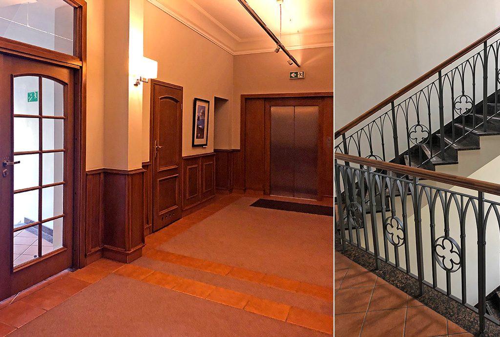 po lewej hol, po prawej klatka schodowa przed wejściem do lokalu biurowego na wynajem Wrocław