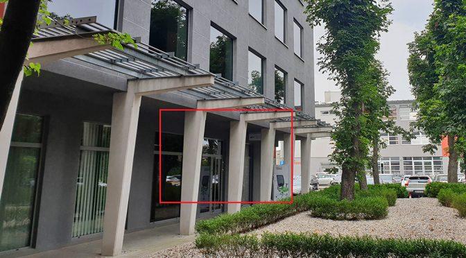 reprezentacyjne wejście do ekskluzywnego lokalu biurowego do wynajęcia Wrocław